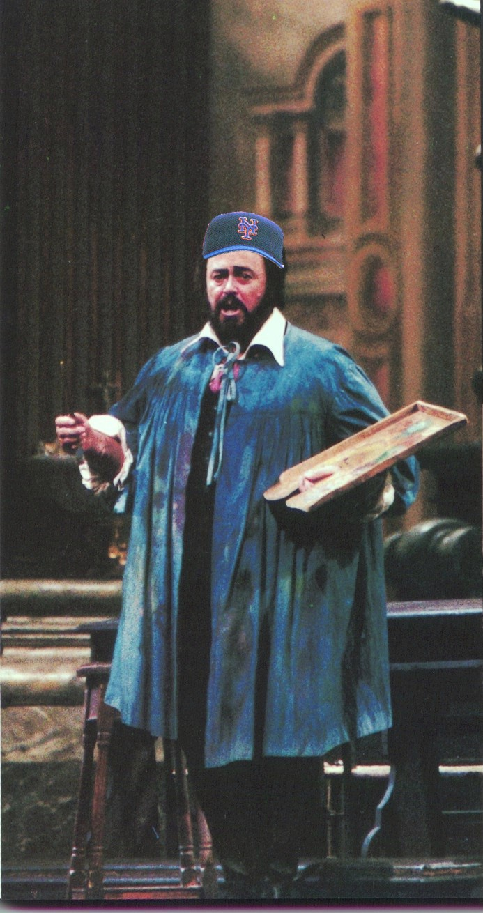 Pavarotti_collage
